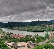 Looking down on Duernstein by Stefan Trenker