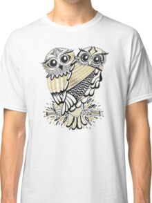 Owls – Black & Gold on Cream Classic T-Shirt