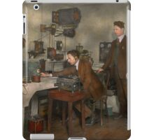 Steampunk - The wireless apparatus - 1905 iPad Case/Skin