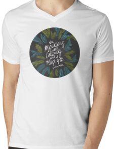 Mountains Calling – Charcoal Mens V-Neck T-Shirt