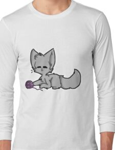 Grey Cat with Yarn Long Sleeve T-Shirt