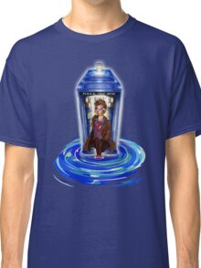 10th Doctor with Blue Phone box in time vortex Classic T-Shirt