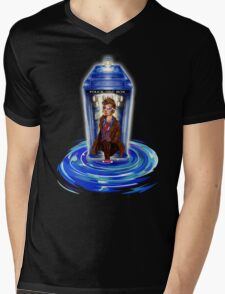 10th Doctor with Blue Phone box in time vortex Mens V-Neck T-Shirt