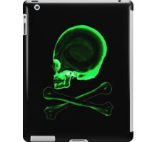 Pirate skull & crossbones in black iPad Case/Skin