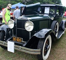 1929 Graham-Paige Model 827 by AuntDot