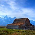 moulton barn by Rase Littlefield