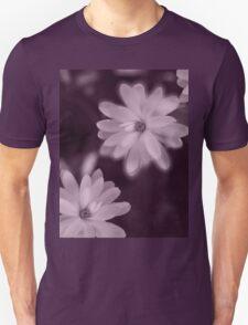 Magnolia dance (purple) T-Shirt