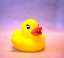 Rubber Ducky by tamckee