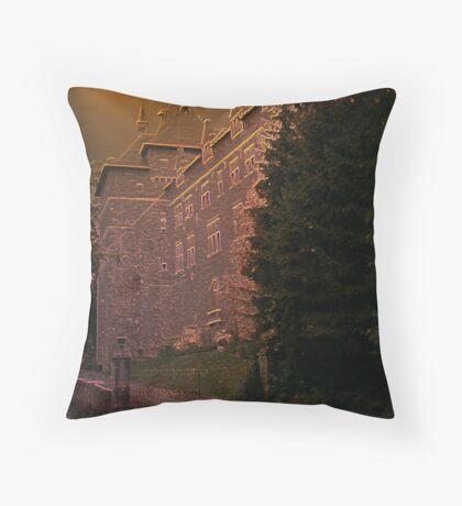 Château de Chimay - Belgium - façade arrière Throw Pillow