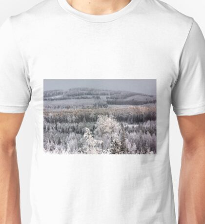 Winter forest landscape Unisex T-Shirt