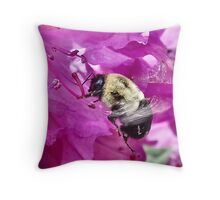 Bumble Bee in flight Throw Pillow