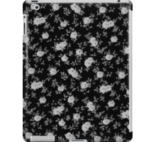 Chic vintage black and white floral pattern iPad Case/Skin