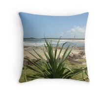 (23)-Iluka Bluff Throw Pillow