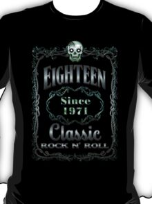 BOTTLE LABEL - EIGHTEEN T-Shirt
