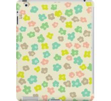 Vintage pink green abstract floral pattern iPad Case/Skin