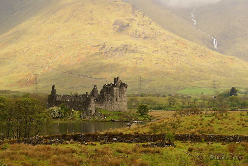 Castle in Scotland by Sturmlechner