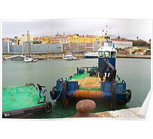 embarcação no porto de lisboa. jumping off the boat Poster