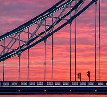 London, sunrise on Tower Bridge by MarcoSaracco