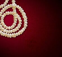 Natural Pearls Necklace by MaxalTamor