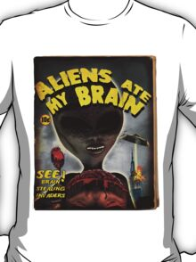 Aliens Ate My Brain (Pulp Cover) T-Shirt