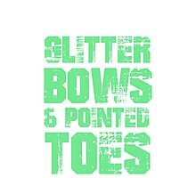GLITTER BOWS AND POINTED TOES Photographic Print