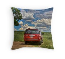 2008 Ford Expedition - Red Throw Pillow