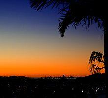 gold coast sunset by shaun965