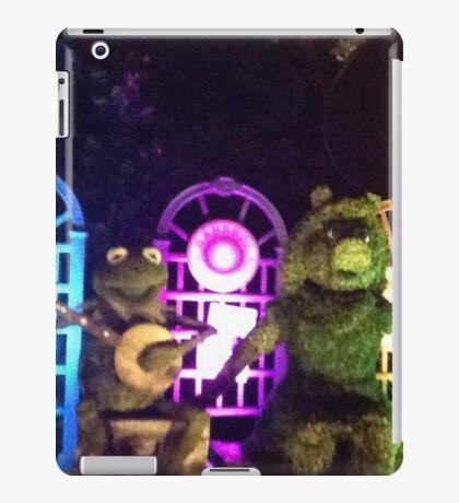 Kermit and Miss Piggy- EPCOT Flower and Garden Show iPad Case/Skin