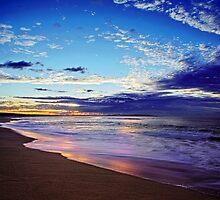Elouera Beach by Clinton Hadenham