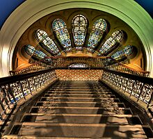 Stepping Down - QVB,Sydney - The HDR Experience by Philip Johnson
