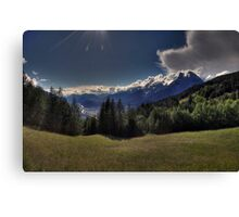 heavenly sunrays Canvas Print