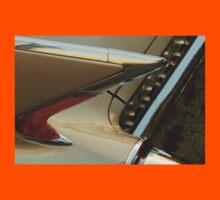 The art of the car: Cadillac 1960 Eldorado Biarritz <  Kids Tee