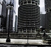 Round Skyscrapers in Chicago by bloomingvine