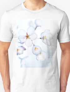 Flowers of Japanese cherry blossom in bright sunlight art photo print T-Shirt