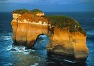 The Island Arch at Loch Ard Gorge near The Twelve Apostles, Victoria, Australia. by Ern Mainka