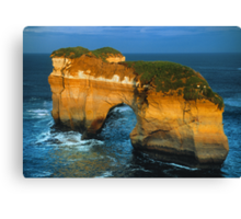 The Island Arch at Loch Ard Gorge near The Twelve Apostles, Victoria, Australia. Canvas Print