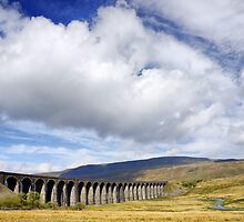 Ribblehead Viaduct by Roantrum