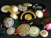 buttons by annalisa bianchetti