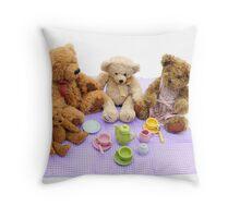 teddy bears picnic Throw Pillow