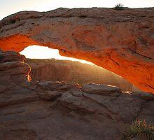 Mesa Arch by Eivor Kuchta