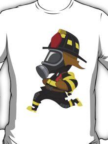 Firefighter hurry. T-Shirt