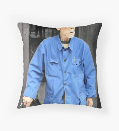 Mao's blue suit, China Throw Pillow