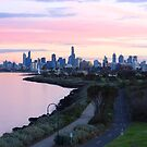 Melbourne from Point Ormond hill by Ian Stevenson