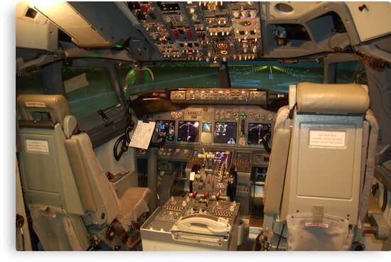 Boeing 737NG Cockpit by HoltPhotography
