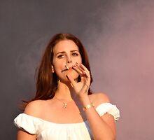 Lana Del Rey smokin hot by yichenliu