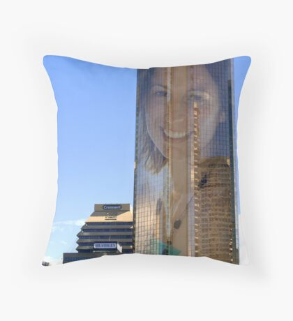 """Kelly does BrisVagas"" Throw Pillow"