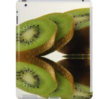 Kiwi reflection iPad Case/Skin