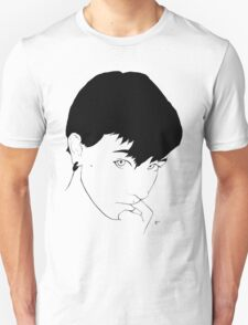 Minimalistic Meg T-Shirt