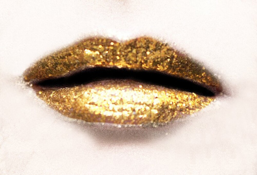 lips of gold by Faye White