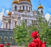 The Cathedral of Christ the Saviour, Moscow, Russia by vadim19